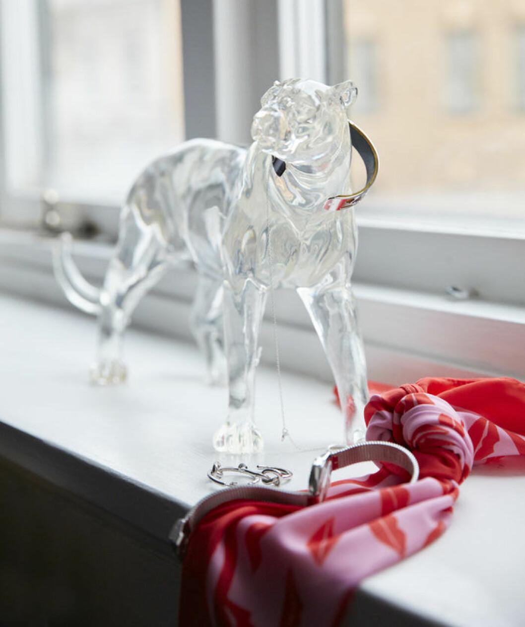 Vildkatt i glas, smyckeshållare från Jotex. Jotex vårnyheter 2018.