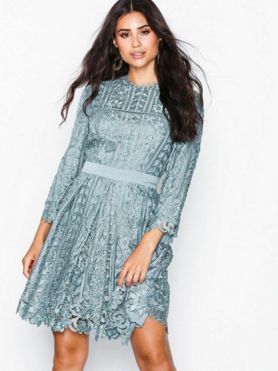 Turkos klänning från By Malina