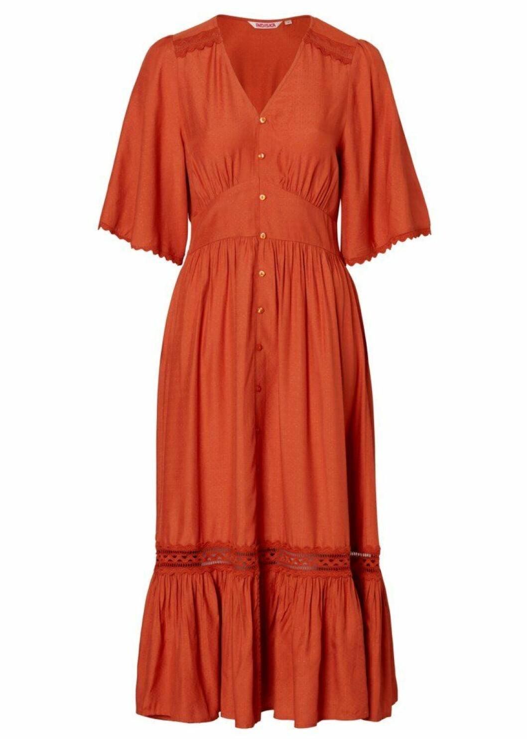 rost klänning