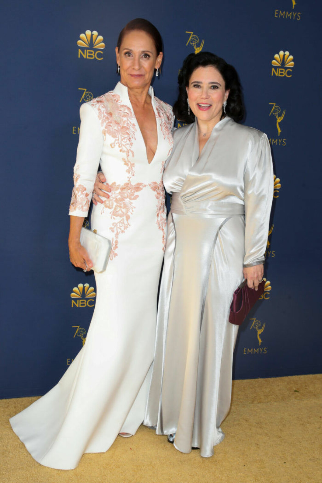 Laurie Metcalf and Alex Borstein Emmygalan 2018