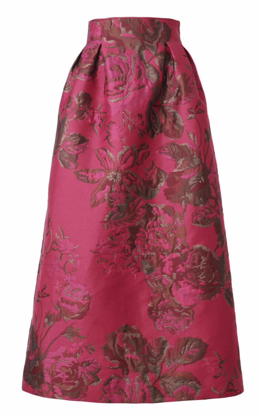 rosa kjol med stor vidd