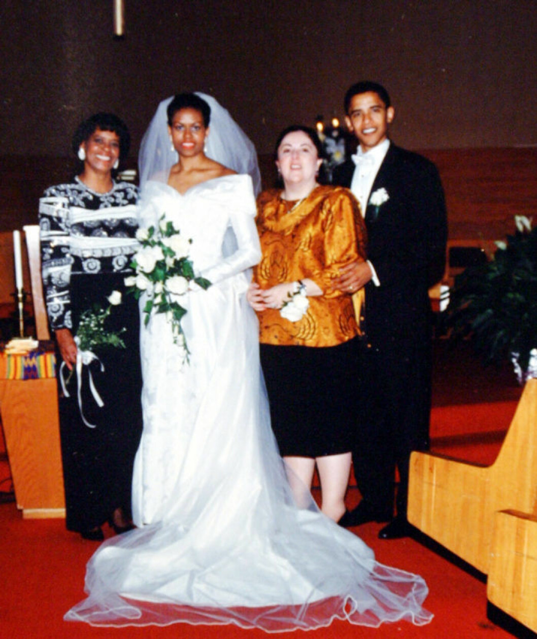 1992: Barack Obama and his wife Michelle Robinson Obama on their wedding day with Marian Robinson (L) and his mother Ann Dunham (second from right). Barack Hussein Obama (born August 4, 1961) is the junior U.S. Senator from Illinois. In November 2004, he was elected to the Senate as a Democrat. He is married to Michelle Obama and is a father to two daughters. On January 3, 2008 he came first in the Iowa caucus for the American presidency. (OfA/Polaris) /// Barack Obama and his wife Michelle Robinson Obama on their wedding day with Marian Robinson (L) and his mother Ann Dunham (second from right)