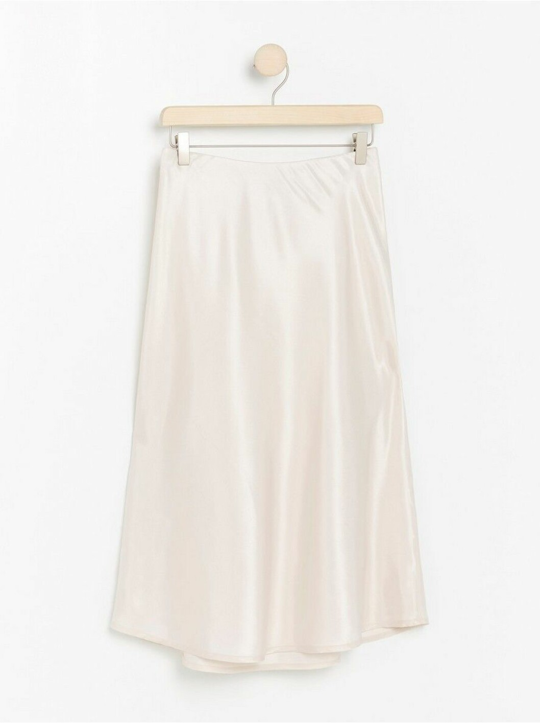 glansig vit kjol