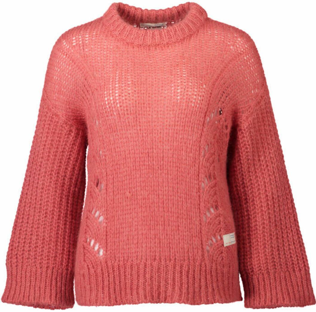 Stickad tröja korallfärg