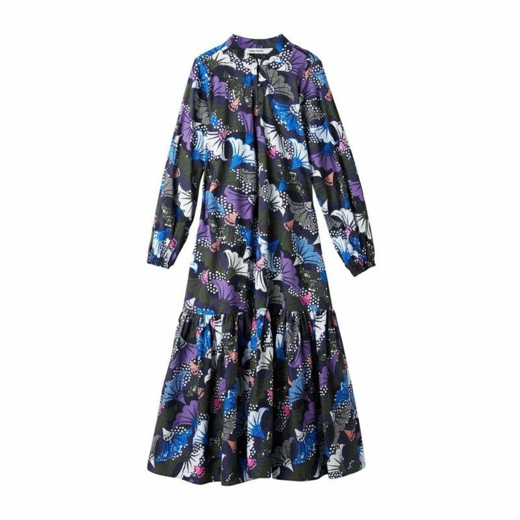 Mönstrad klänning från Carin Wester till sommaren 2020