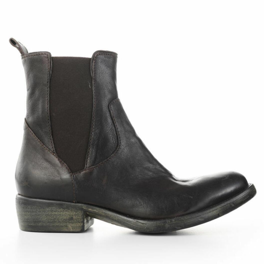 boots-crude
