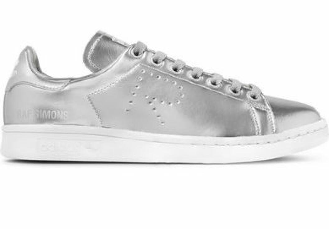 silversneakers-raf-simons-net-a-porter-adidas