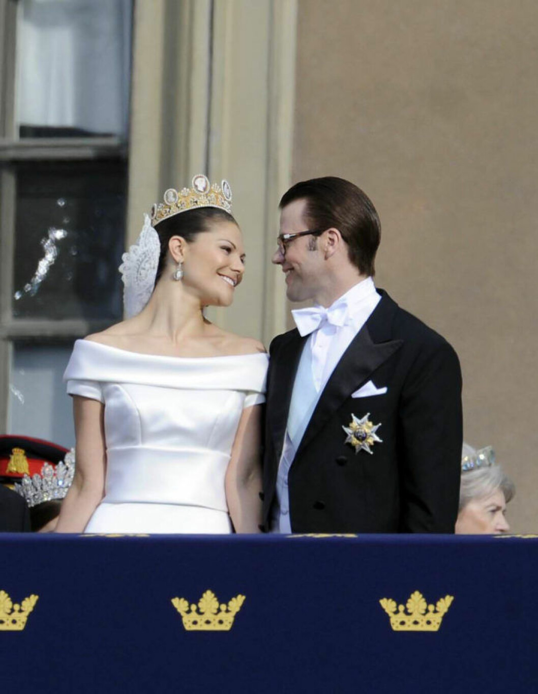 Stockholm, 2010-6-19 / Sweden's future queen Crown Princess VICTORIA has married her former personal trainer DANIEL WESTLING in a lavish ceremony that was one of the largest public celebrations ever organised in Stockholm. It was Europe's biggest wedding since Lady Diana Spencer married Prince Charles. Crown Princess Victoria's wedding dress was designed by P??r Engsheden. It is made of cream-coloured duchess silk satin, with short sleeves and a turned-out collar, which follows the rounded neckline. The dress has a v-shaped back with covered buttons. The sash at the waist is buttoned up at the back. The train is edged with a border, fastened at the waist, and has the same shape as the veil. The train is almost five metres long. The Crown Princess?s bridal bouquet consists of a mixture of traditional Swedish summer flowers and more exotic flowers. All the flowers are white, and the bouquet is tied into a free teardrop shape. ?? Copyright 2010, Most Wanted Pictures, Inc. | Tarzana | CA 91356 | USA | photo@mostwantedpictures.net *** Local Caption *** 00296335