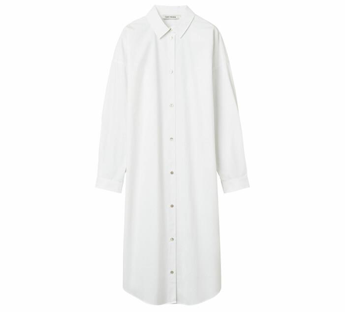 vit skjortklänning