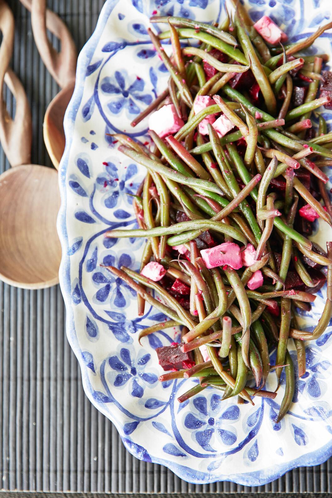 Bönsallad med rödbetor och feta