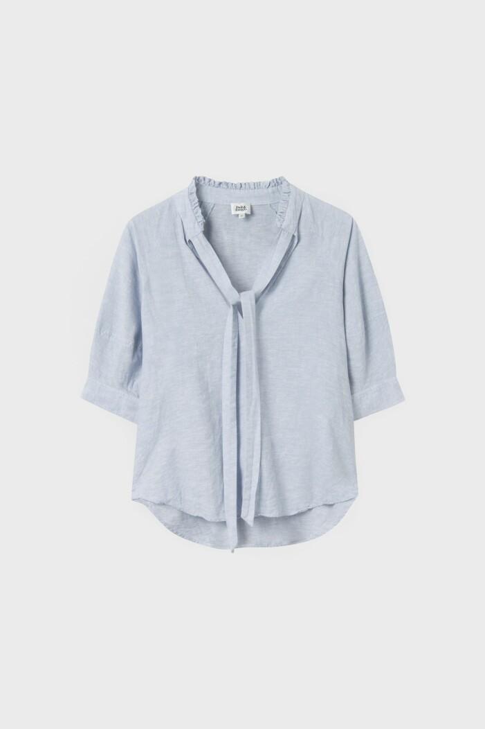 Blå blus i linne från Twist & Tango