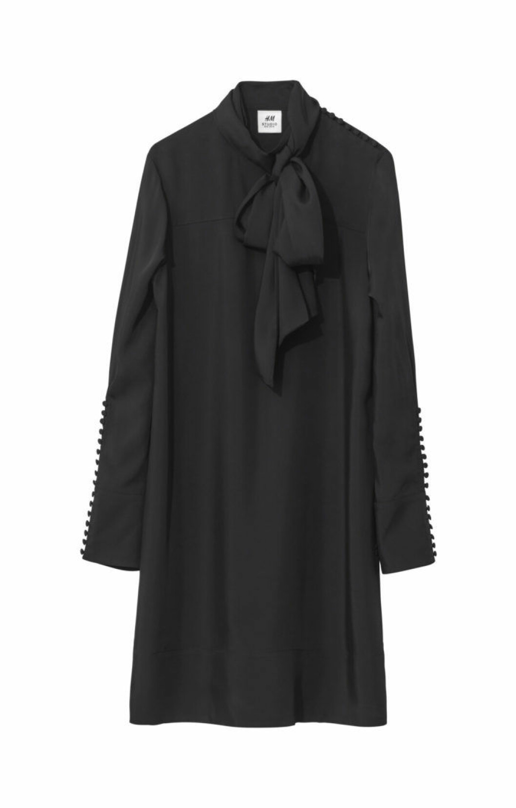 svart klänning h&m studio aw18