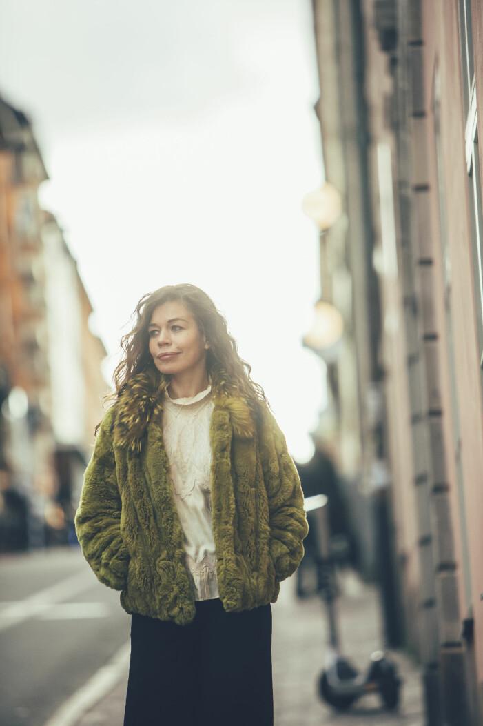 Lotta Lundgren i intervju om Erik Haag, bonusbarnen och Återskaparna i TV4