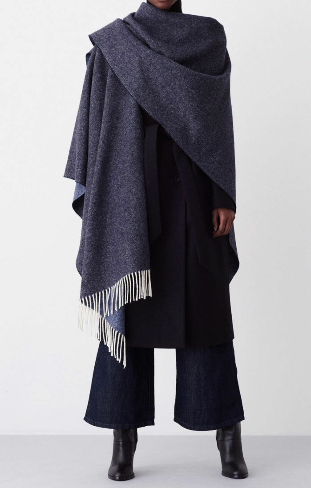 poncho-rodebjer-ahlens