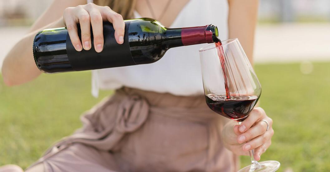 Hur mycket alkohol är farligt är dricka? Ny studie visar att vårt drickande ökar under sommaren