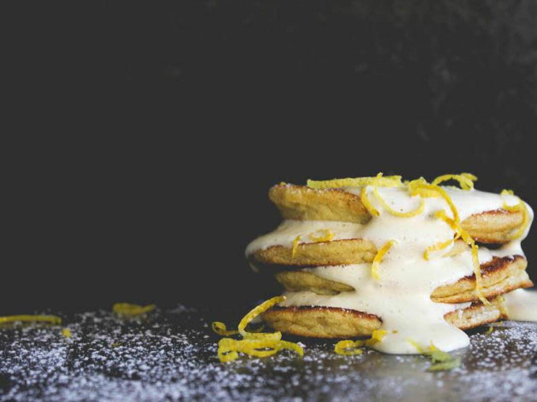 Glutenfria amerikanska pannkakor med citronkräm