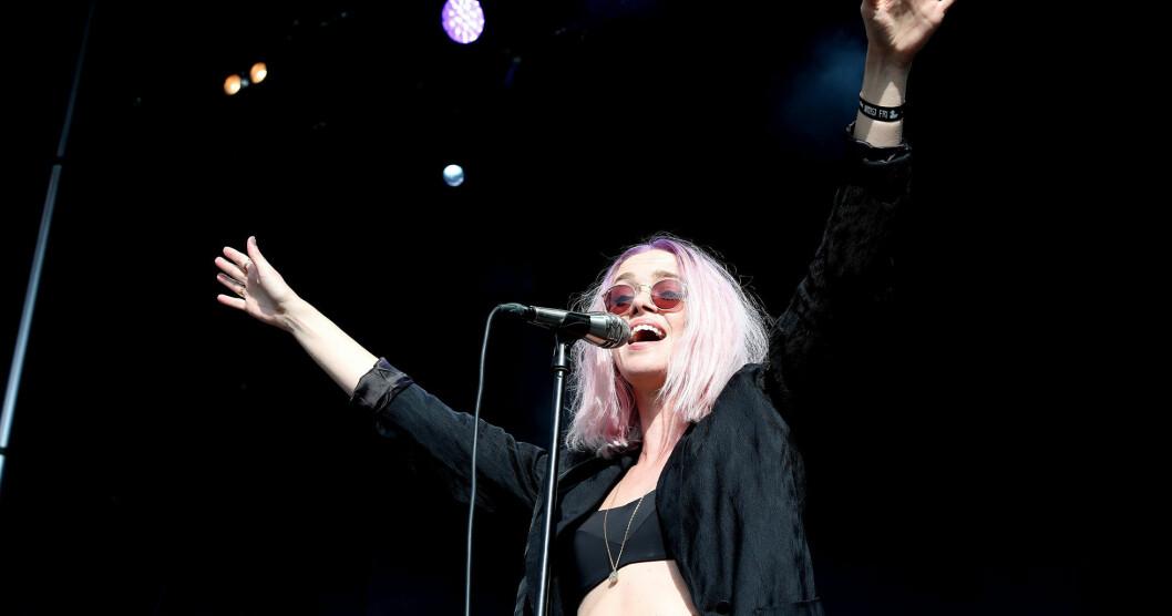 Ana Diaz uppträder på Allsång på Skansen den 9 juli 2019.