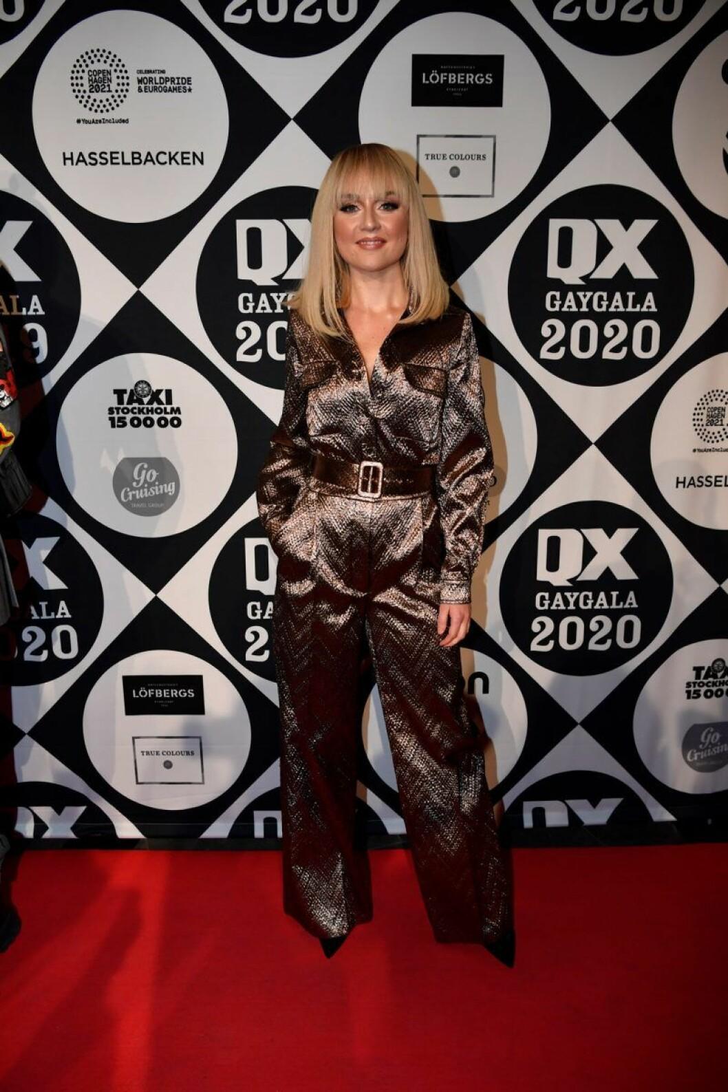 Anna Bergendahl på röda mattan på QX-galan 2020