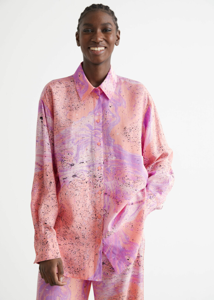 rosa skjorta jenny strömstedt nyhetsmorgon