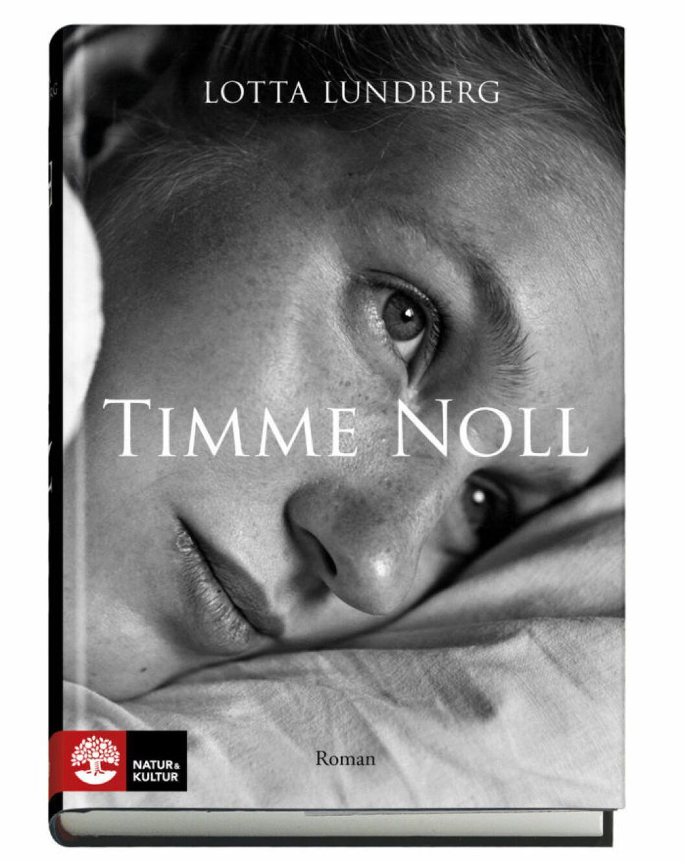 ROMAN ❤❤❤❤❤ Timme noll. Läs recensionen här »