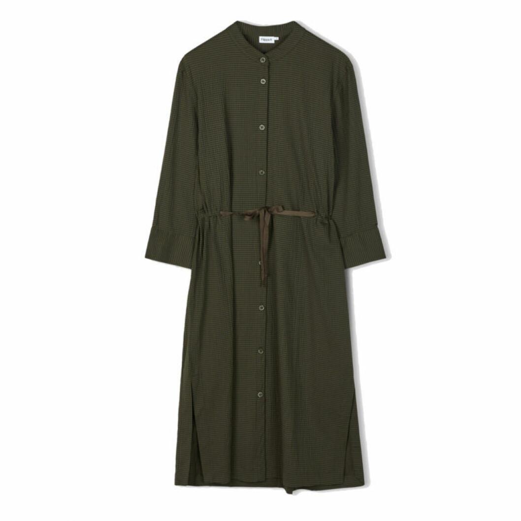 Grön klänning med knytband