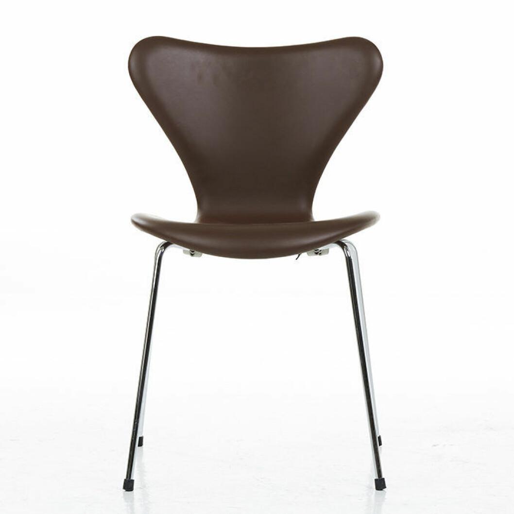 Stolen Sjuan formgiven av Arne Jacobsen