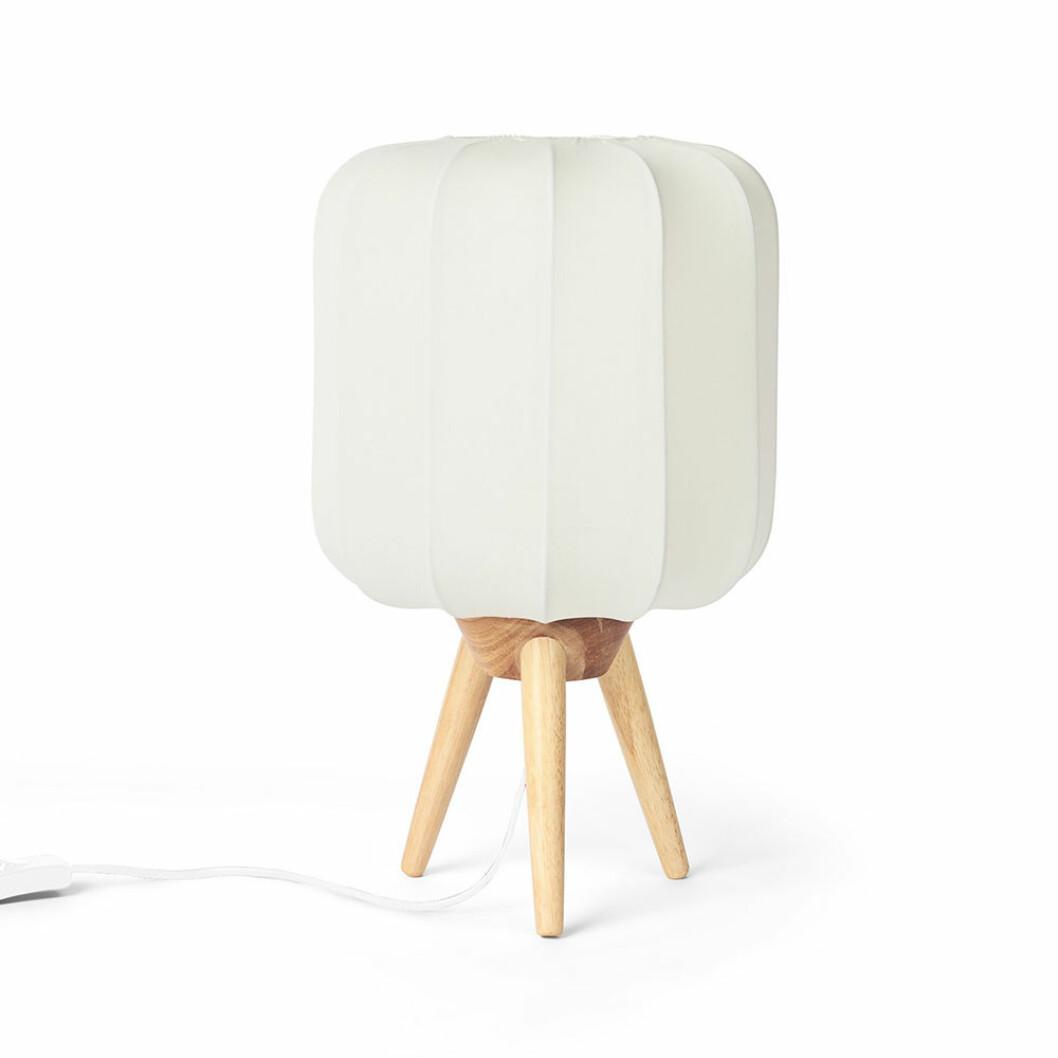 Ava bordslampa från Åhléns