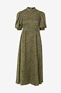 grön mönstrad klänning