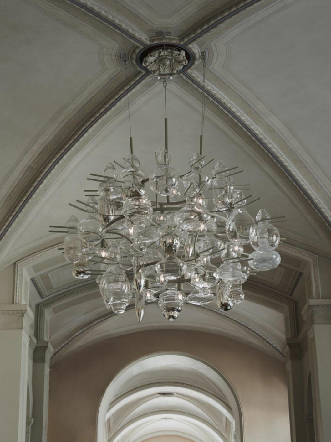 Nya designade ljuskornan i Nationalmuseums restaurangdel