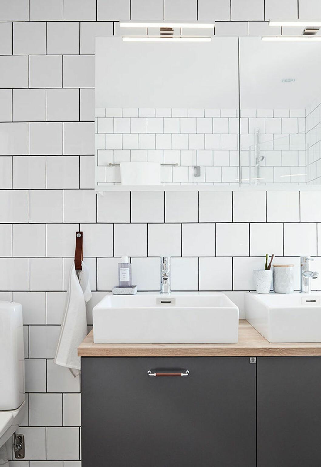stilrent och tidlöst badrum från ballingslöv