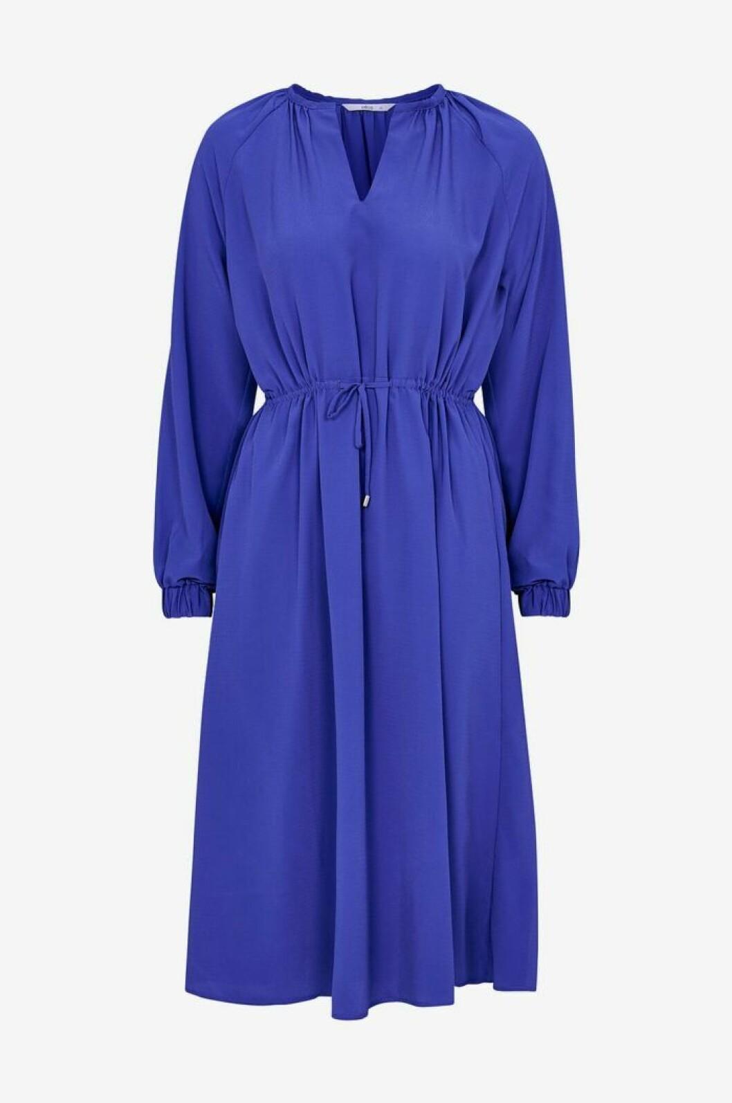 Klarblå klänning