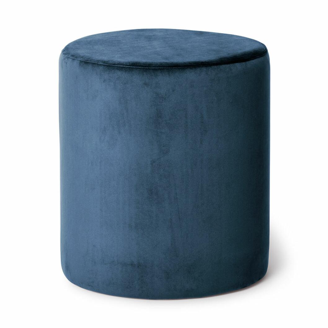 Sittpuff i blå sammet från åhléns
