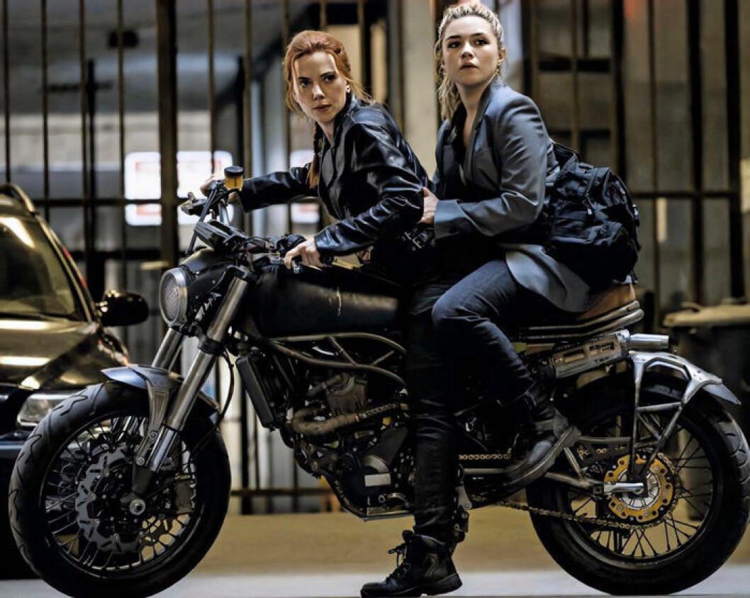 En bild från Marvel-filmen Black Widow med Scarlett Johansson.