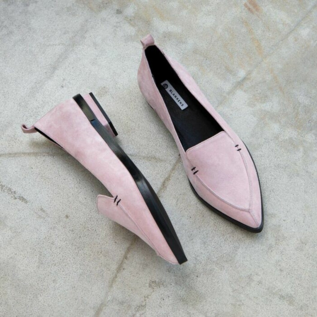 Loafer från Blankens i ljusrosa mocka