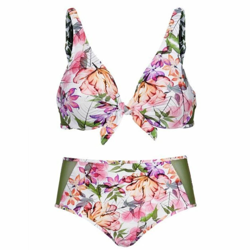Blommig bikini