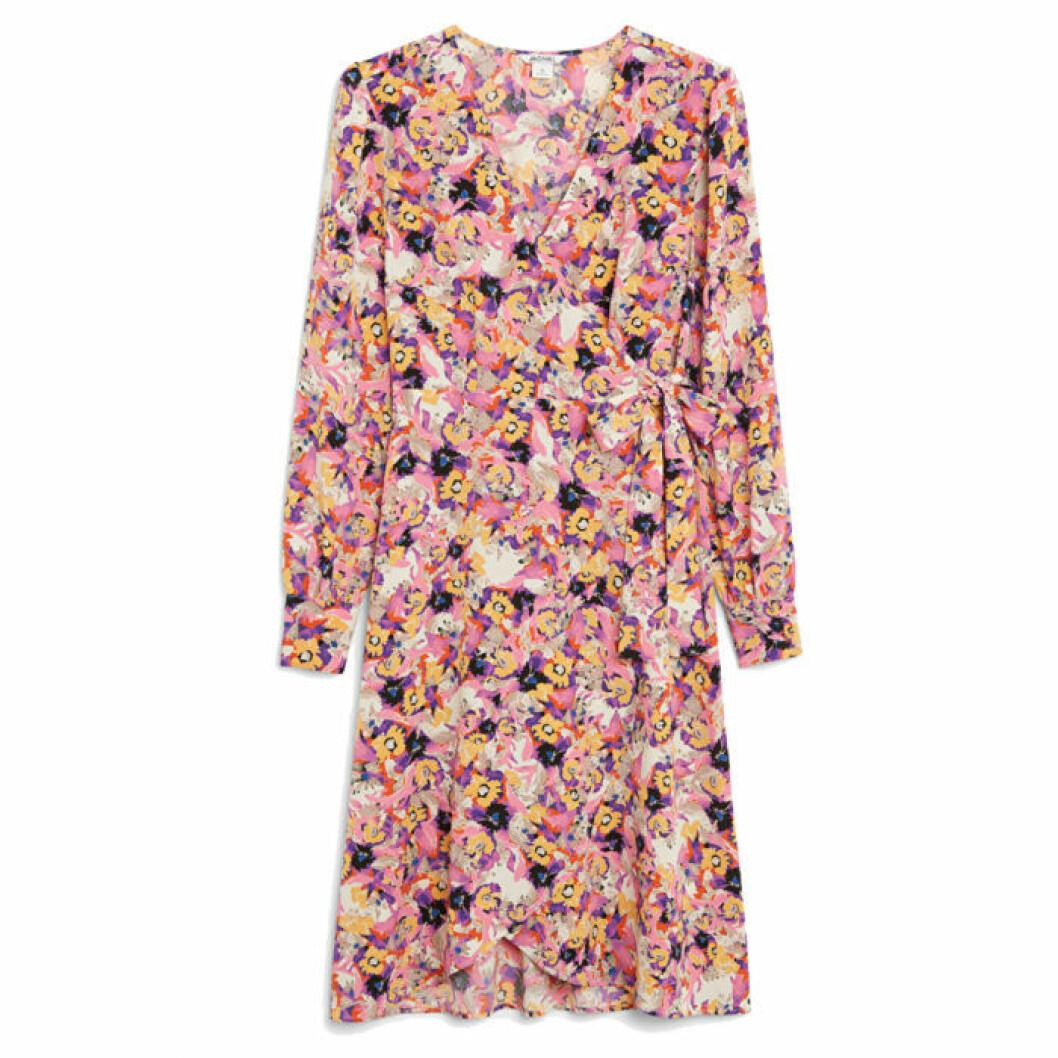 Blommig klänning från Monki
