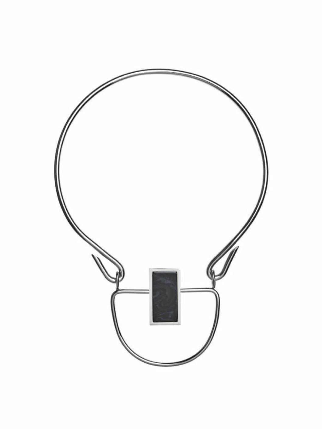 halsband-grafisk-form-by-malene-birger