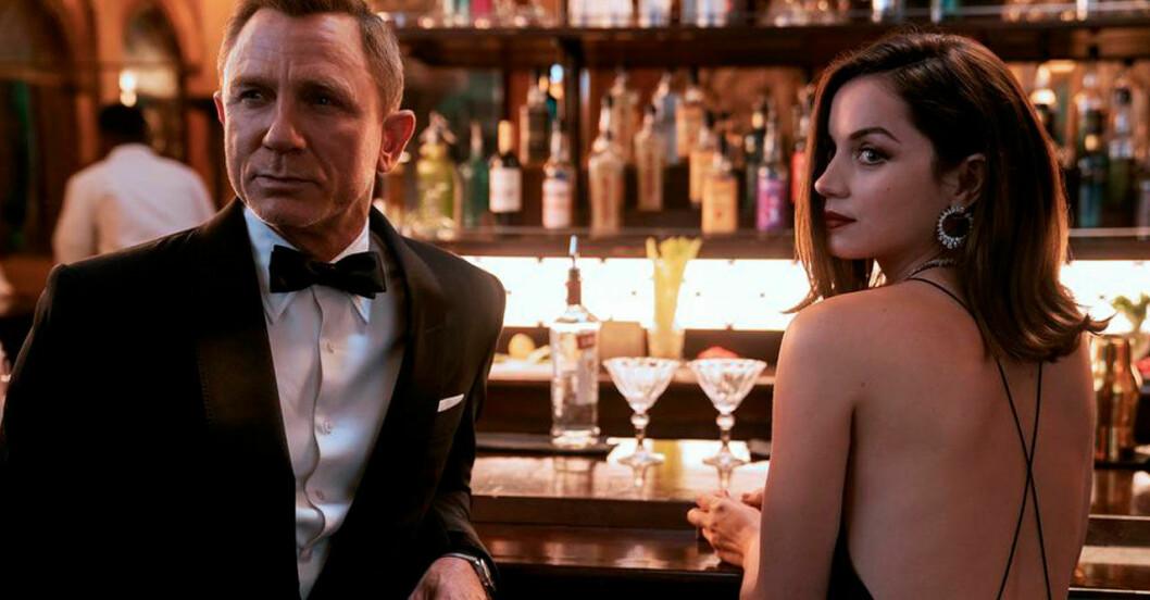 "Femina recenserar nya Bond-filmen ""No time to die"""