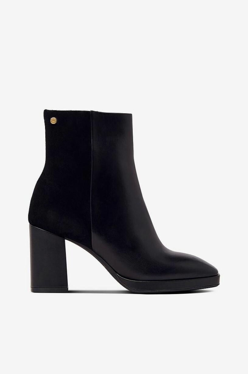 boots agnes cecilia