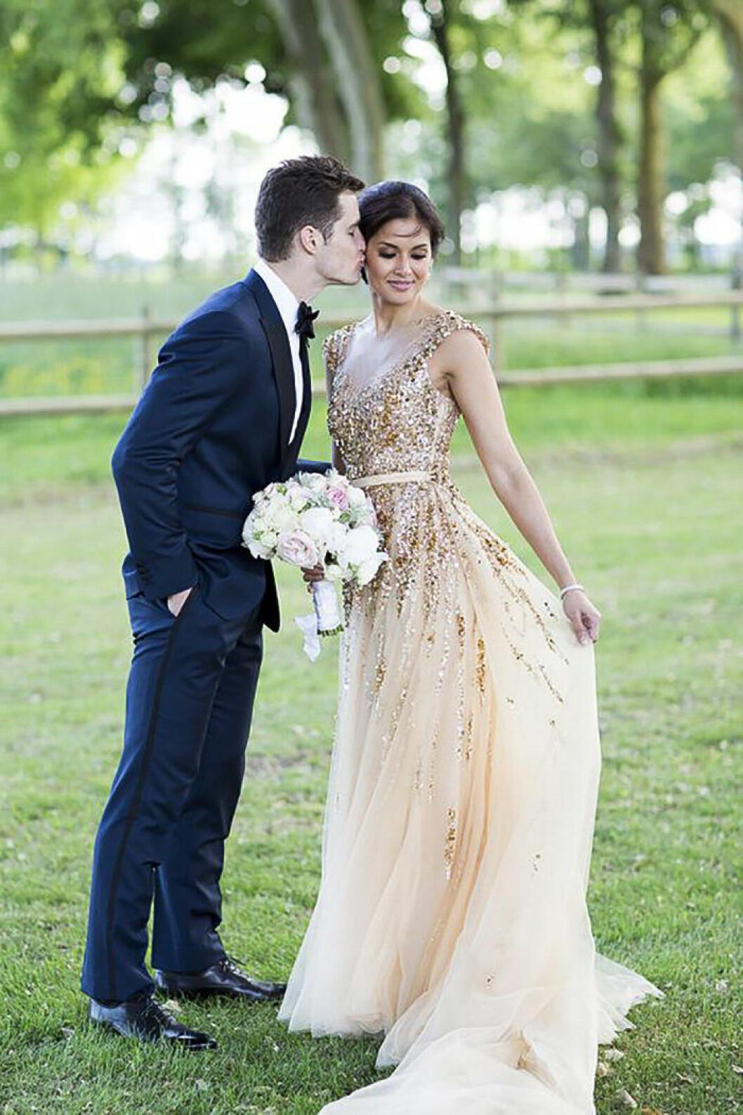 Bröllopsklänning i guld