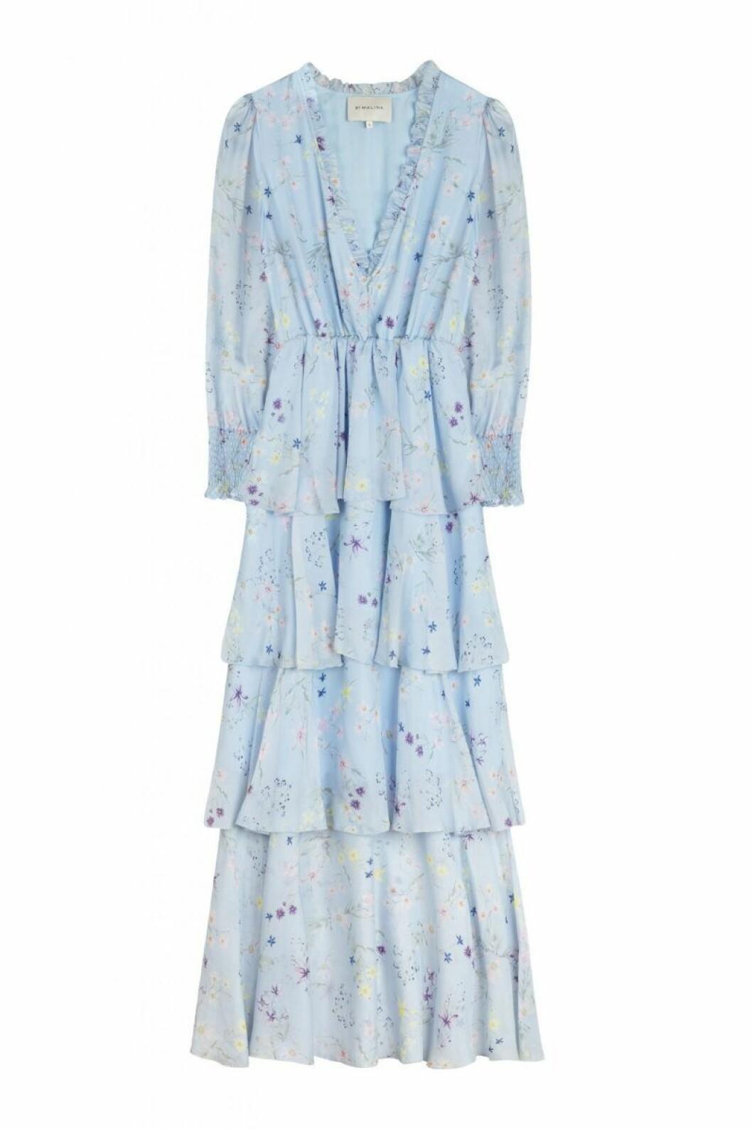 Blå maxiklänning från By Malina till 2020