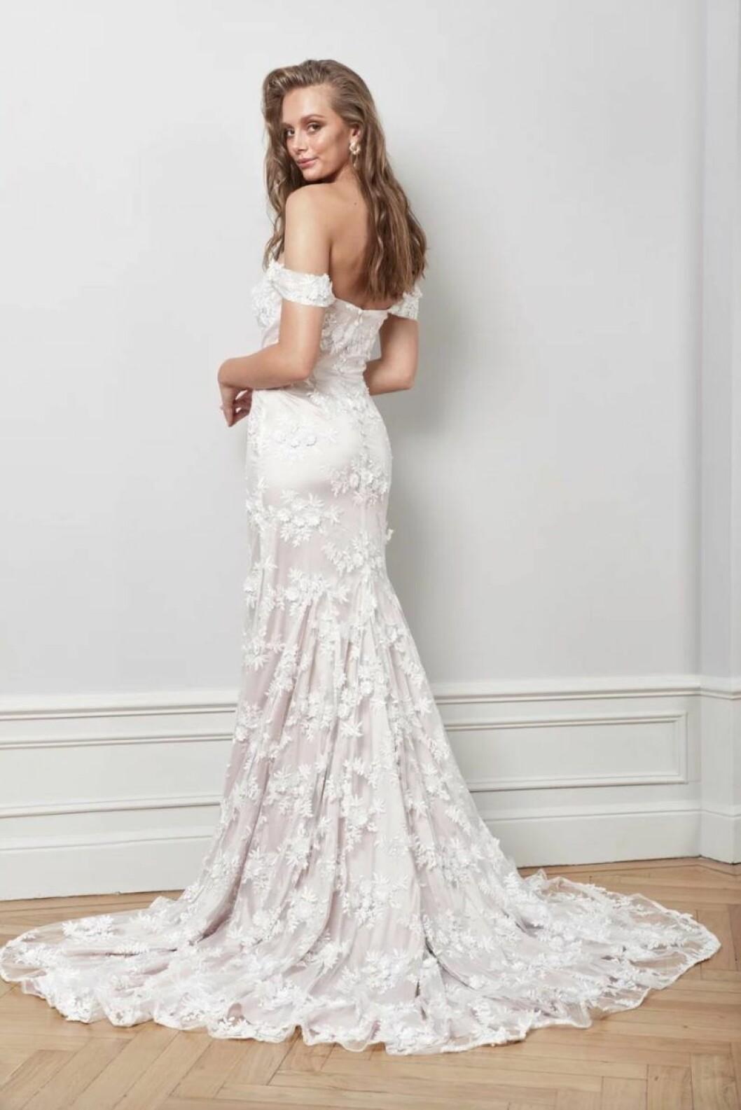 By Malina spetsklänning bröllop