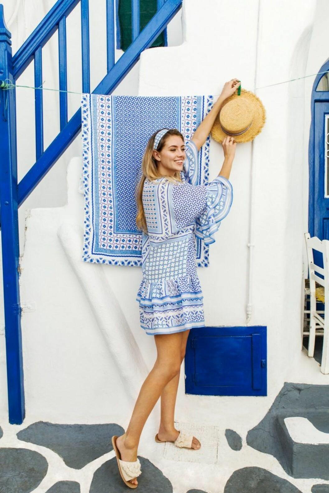 By Malinas sommarkollektion 2020: Blå klänning.