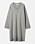 Ljusgrå, stickad klänning i rak, lätt oversizad modell från Carin Wester.