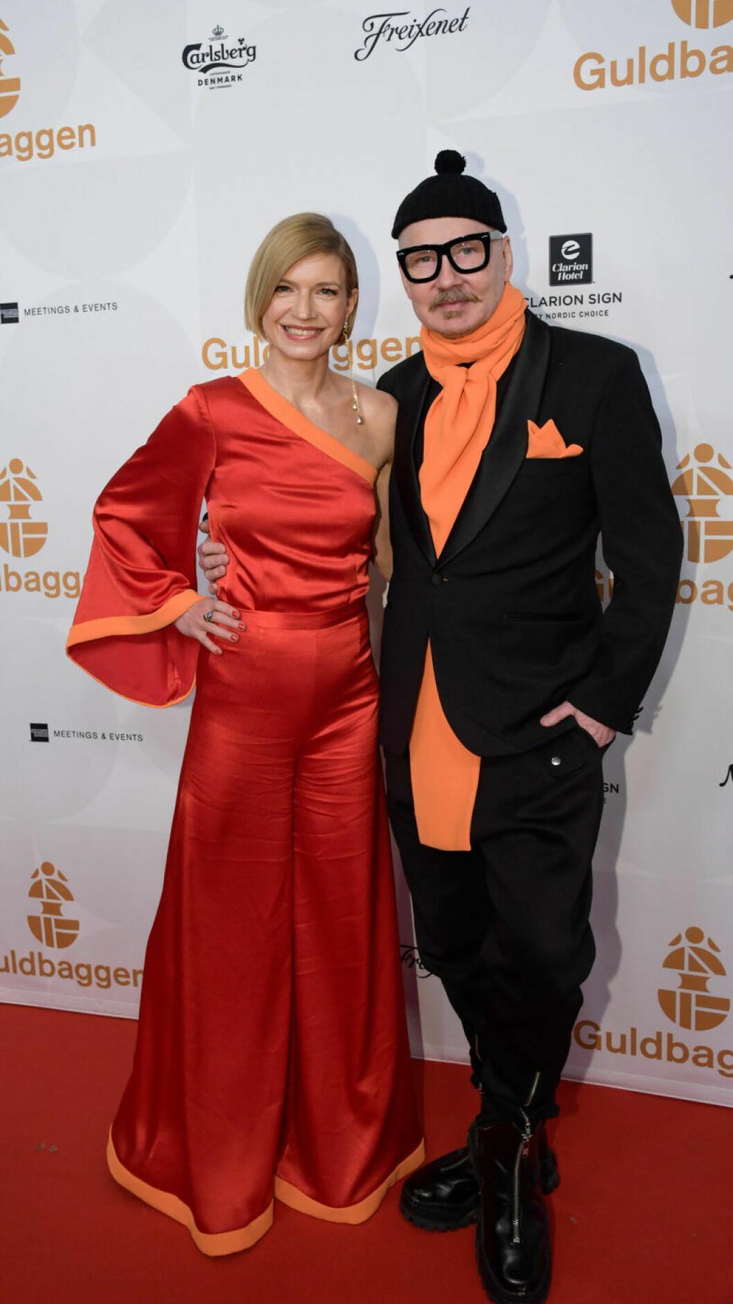Röda mattan, Cecilia Frode och designern Peter Englund