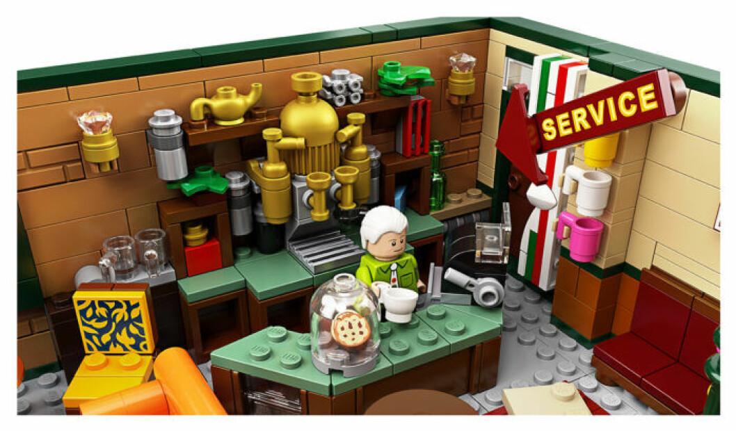 Central Perk Lego - Gunther som barista