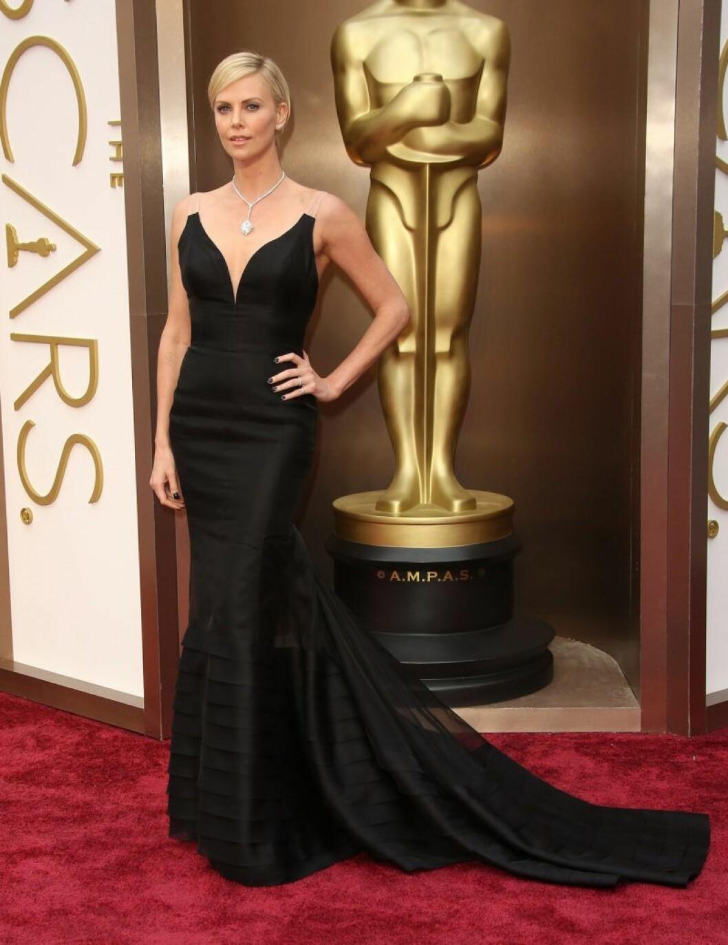 Charlize Theron i Dior på Oscarsgalan 2014