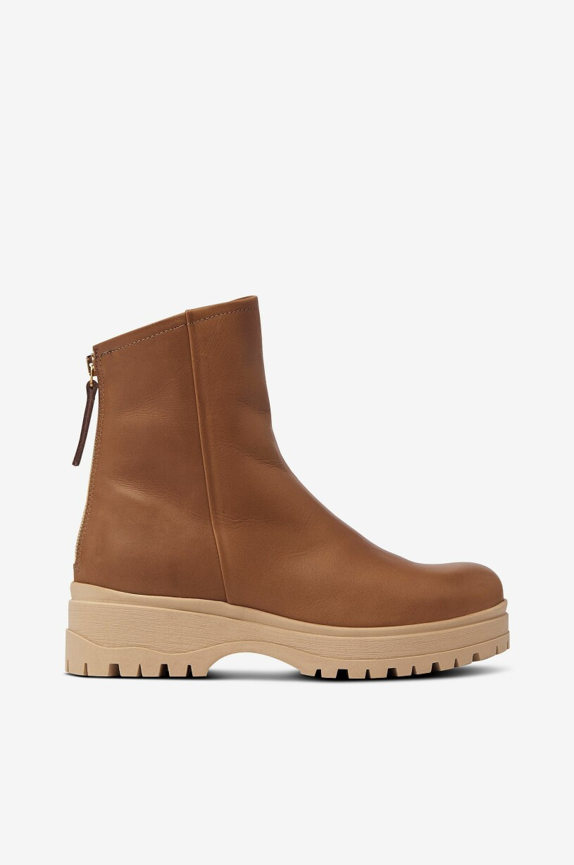 bruna boots