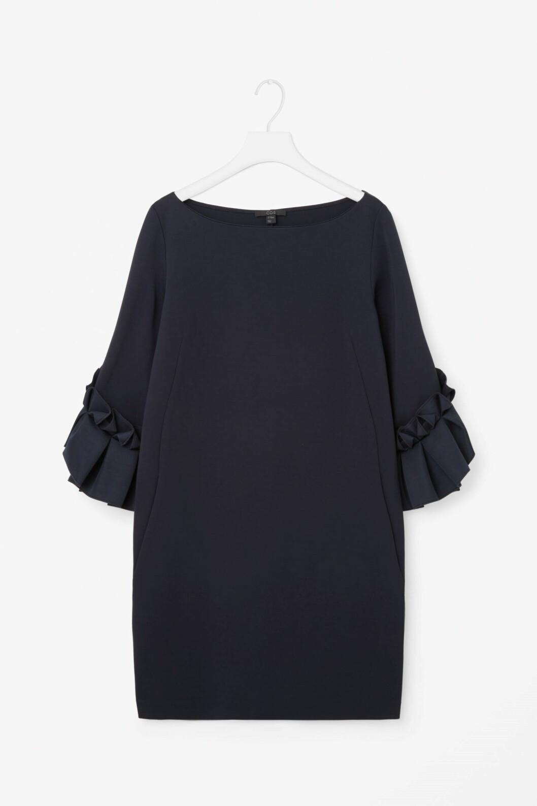 blå-klänning-cos