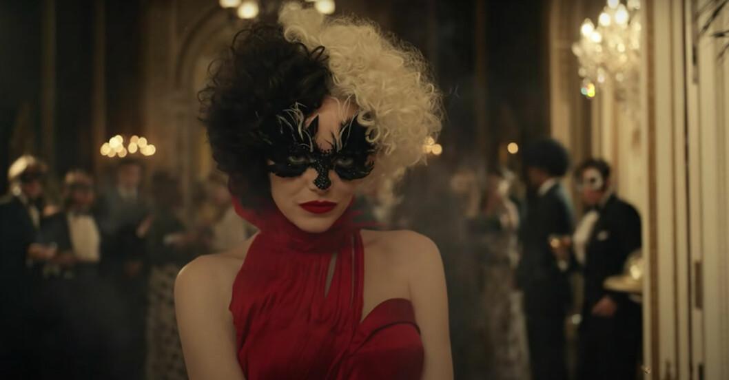 Emma Stone som Cruella de Vil